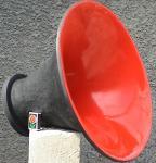 Mid-range horn
